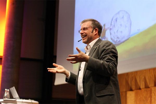 Gunter Dueck auf der Vortragsreihe des STARTPLATZ.