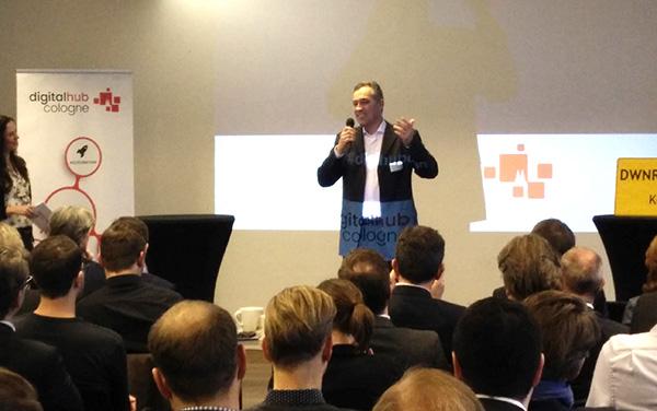 Matthias Härchen beim Info-Event des Hubs am 15.12.2016 im Startplatz.