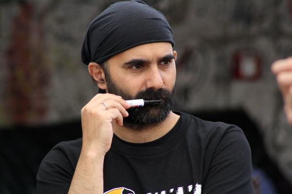 Stavros Messinis, Enptrepeneur und Besitzer mehrerer Coworkingspaces in Athen auf der Pirate Summit.
