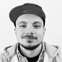 Senior-Freelance Designer & Entwickler